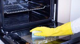 Cómo limpiar un horno que está muy sucio