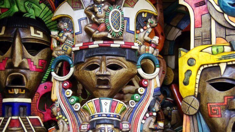 Importancia de las artesanías mayas